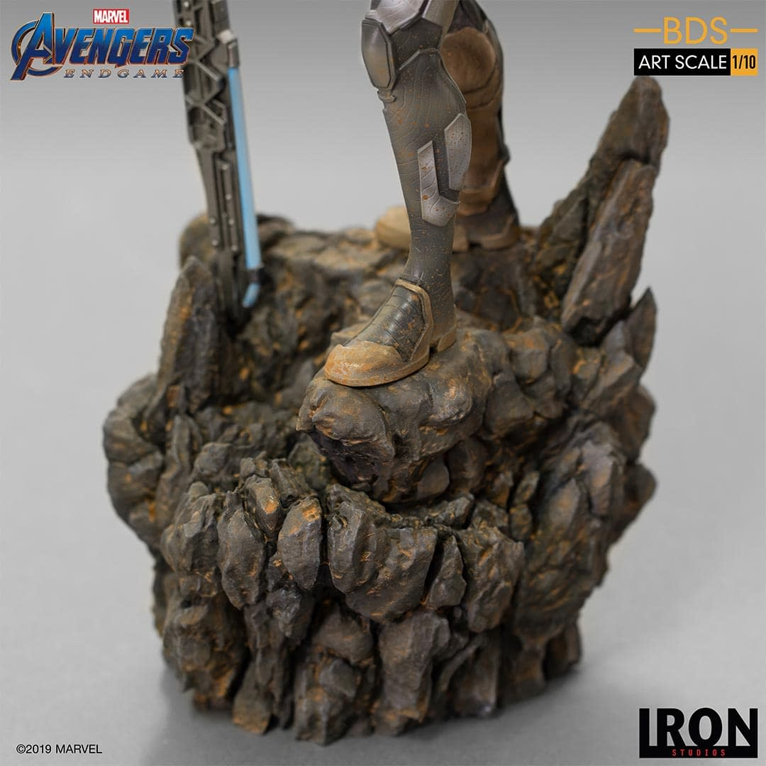 Proxima Midnight Prepares for War in New Iron Studios Statue
