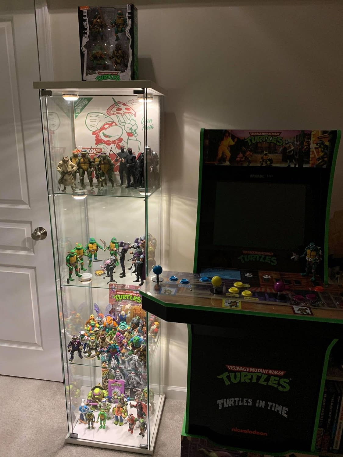 Toys Collectors: How Do You Display Your Collections?