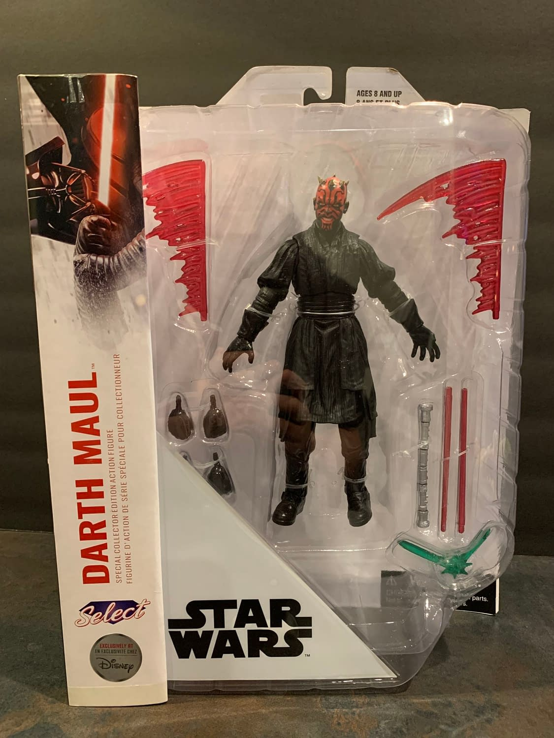 Let's Take A Look At Diamond Select's New Star Wars Darth Maul Figure
