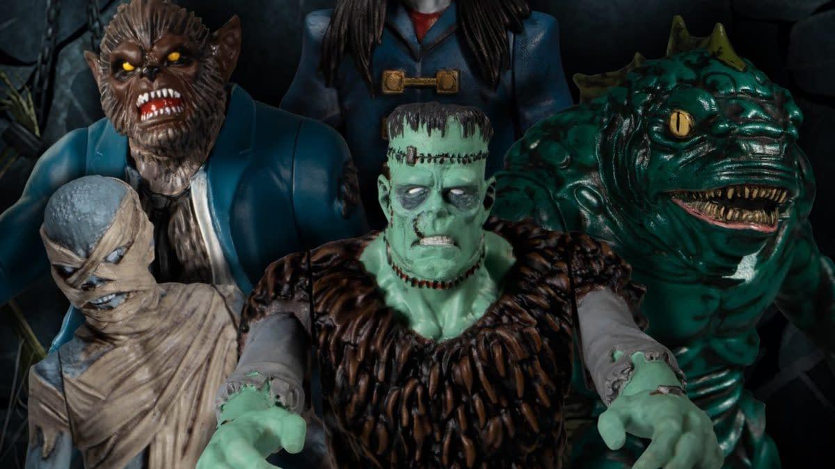 Mezco Toyz Unveils Mezco's Monsters Tower of Fear Deluxe Boxed Set