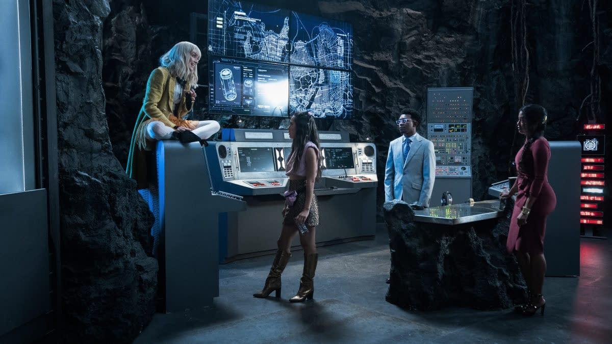 "Batwoman Season 3 Episode 3 Preview: Gotham's Hit with A Deep ""Freeze"""
