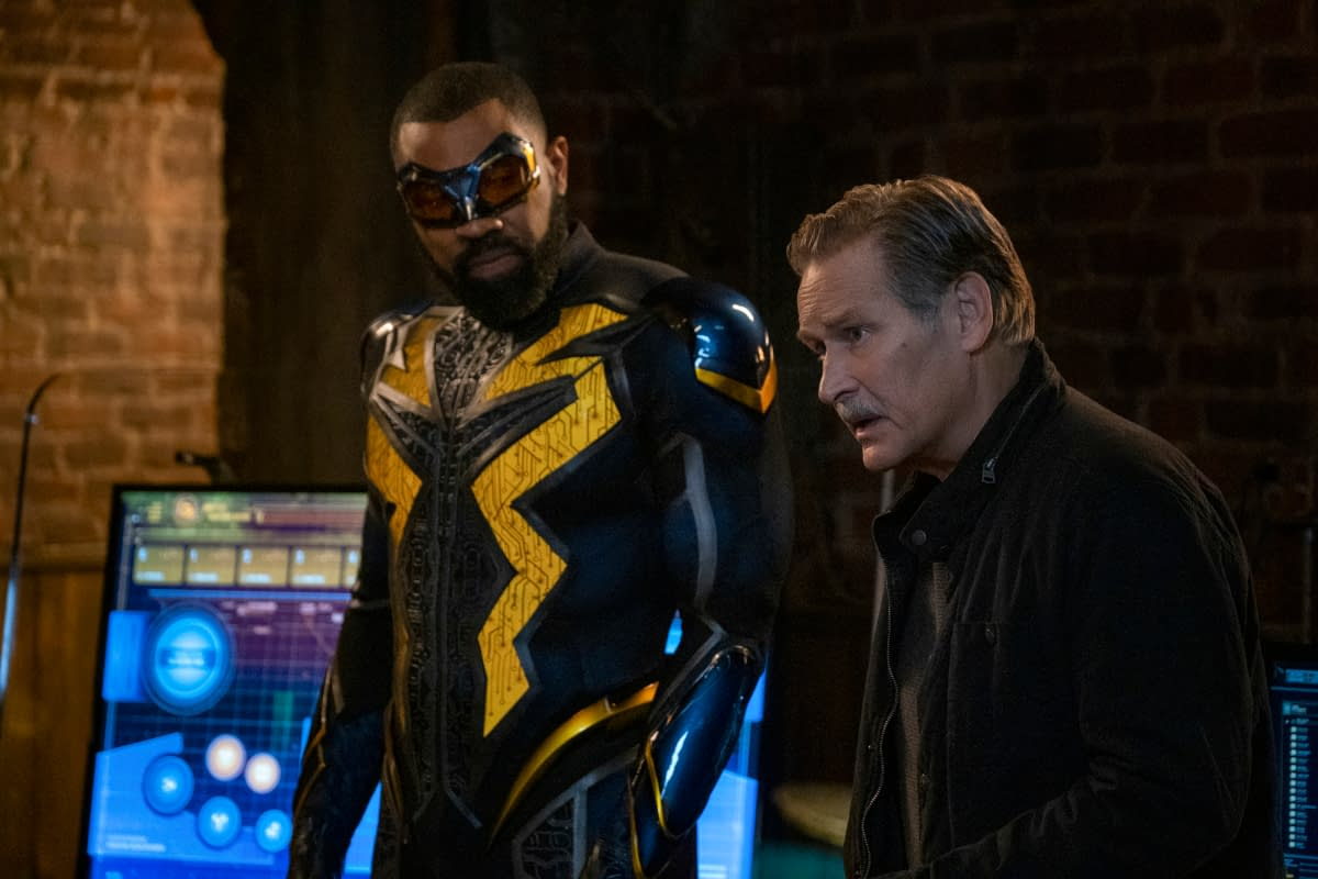 """""""Black Lightning"""" S03E11 """"The Book of Markovia: Chapter Two"""": The Pierce Family – Hunted! [PREVIEW]"""