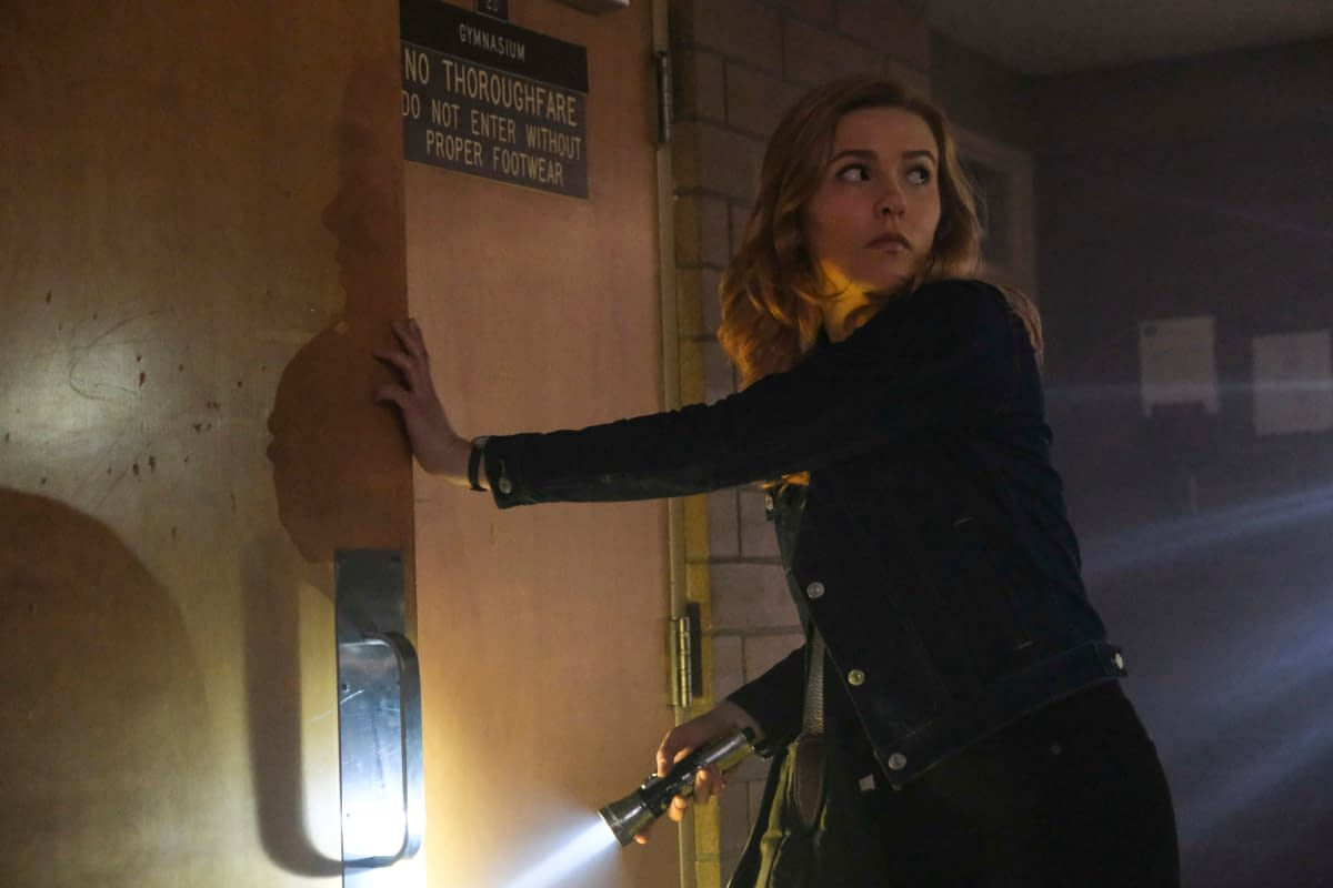 """Nancy Drew"" Season 1 ""The Mark of the Poisoner's Pearl"": Nancy & Her ""Drew Crew"" Make the Connection [PREVIEW]"