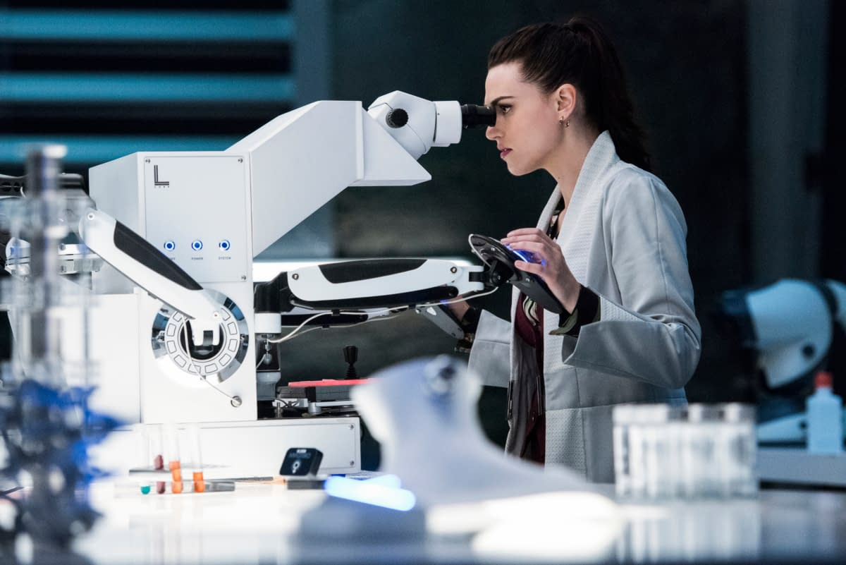 """Supergirl"" Season 5 ""Stranger Beside Me"" Finds Tech Turning on Team Kara [PREVIEW]"