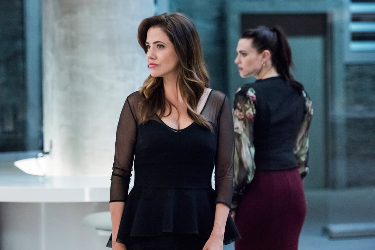 """""""Supergirl"""" Season 5 """"Event Horizon"""": Kara's Return Comes with Layers – And Thankfully, No Skirt [REVIEW]"""