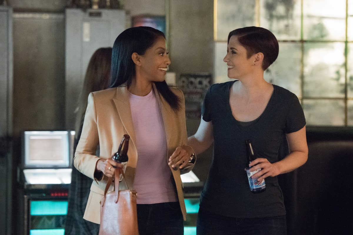 """""""Supergirl"""": This Week, Kara's Villains Are Hiding """"In Plain Sight"""" [PREVIEW]"""