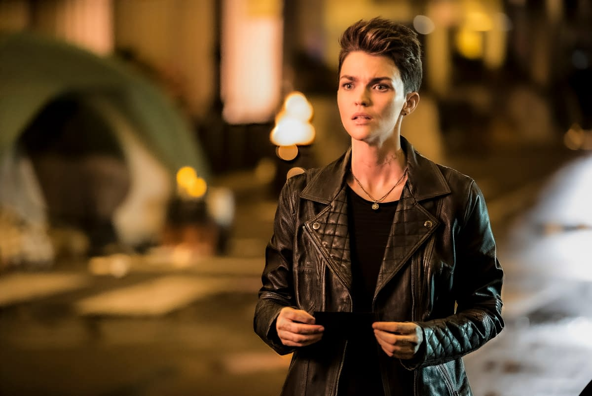 """""""Batwoman"""": Once Kate Follows Alice Down """"The Rabbit Hole,"""" Will She Ever Be The Same? [PREVIEW]"""