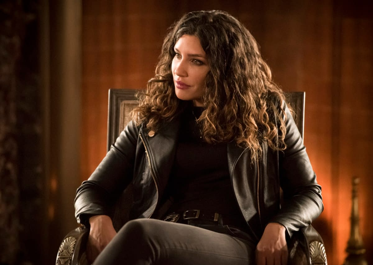 """""""Arrow"""" Season 8 Opener Preview Images Highlight Moira Queen, Tommy Merlyn Returns; New Costumes"""