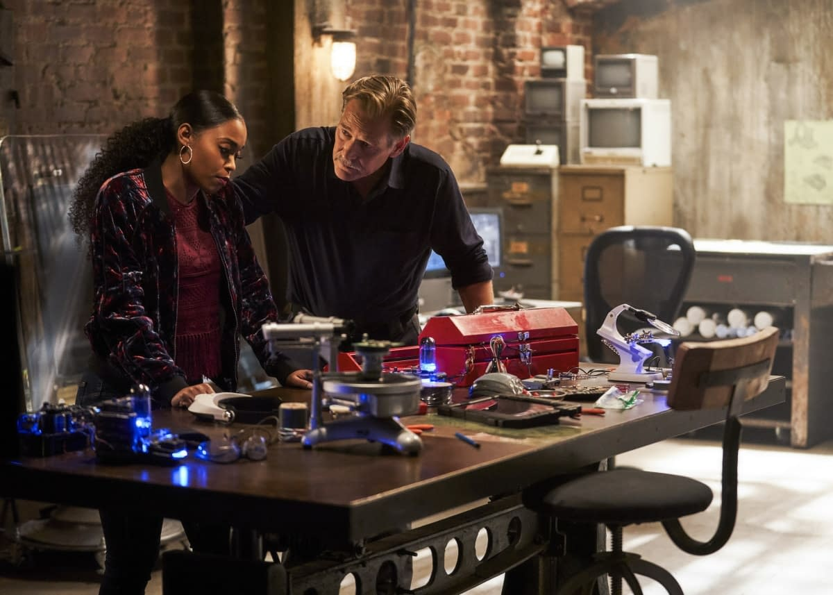 """'Black Lightning' Preview: Will Jennifer Reign Down a """"Pillar of Fire"""" on Tobias? [VIDEO, IMAGES]"""