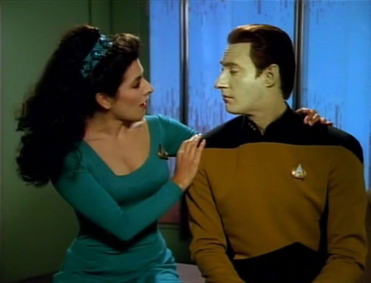 """""""Star Trek: Picard"""": Marina Sirtis, Brent Spiner Talk """"TNG"""" Reunion, Chemistry"""