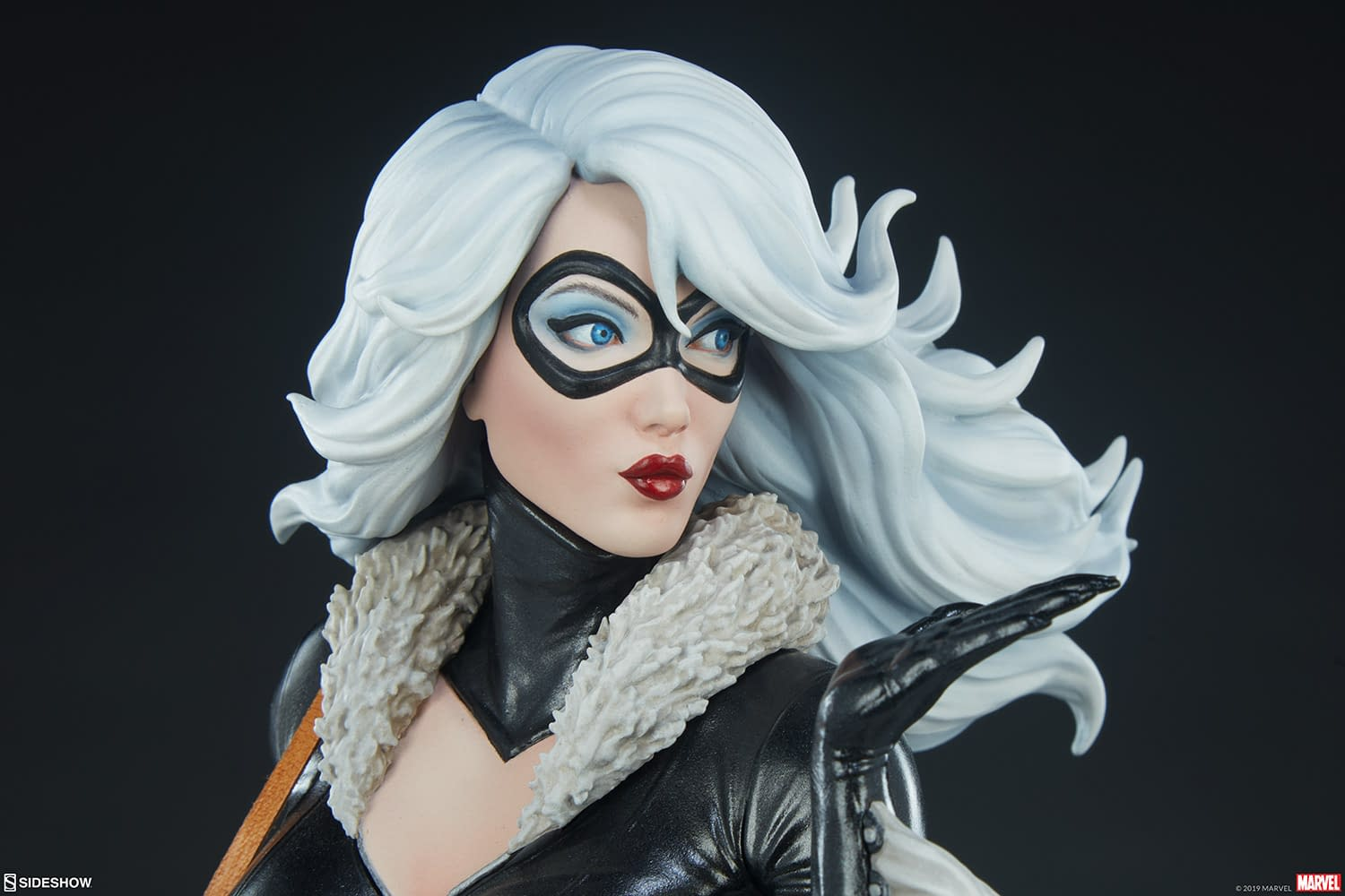 Black Cat is Stealing Our Hearts with New Sideshow Collectibles Statue