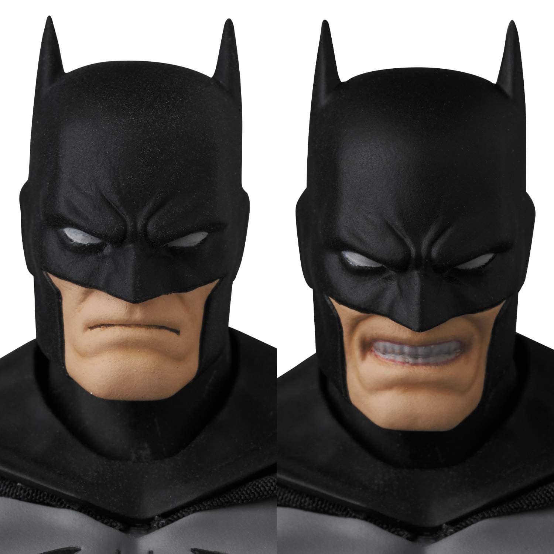 MAFEX-Batman-Hush-Black-Suit-Version-008