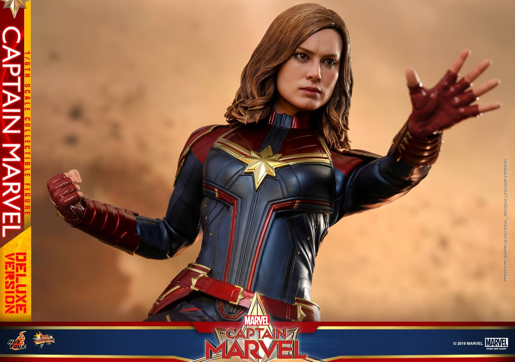 Hot Toys Captain Marvel 29