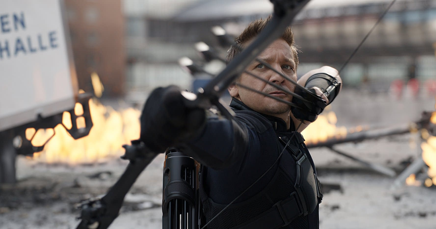 Jeremy Renner Confirms the Russo Brothers Got Death Threats Over Avengers: Infinity War