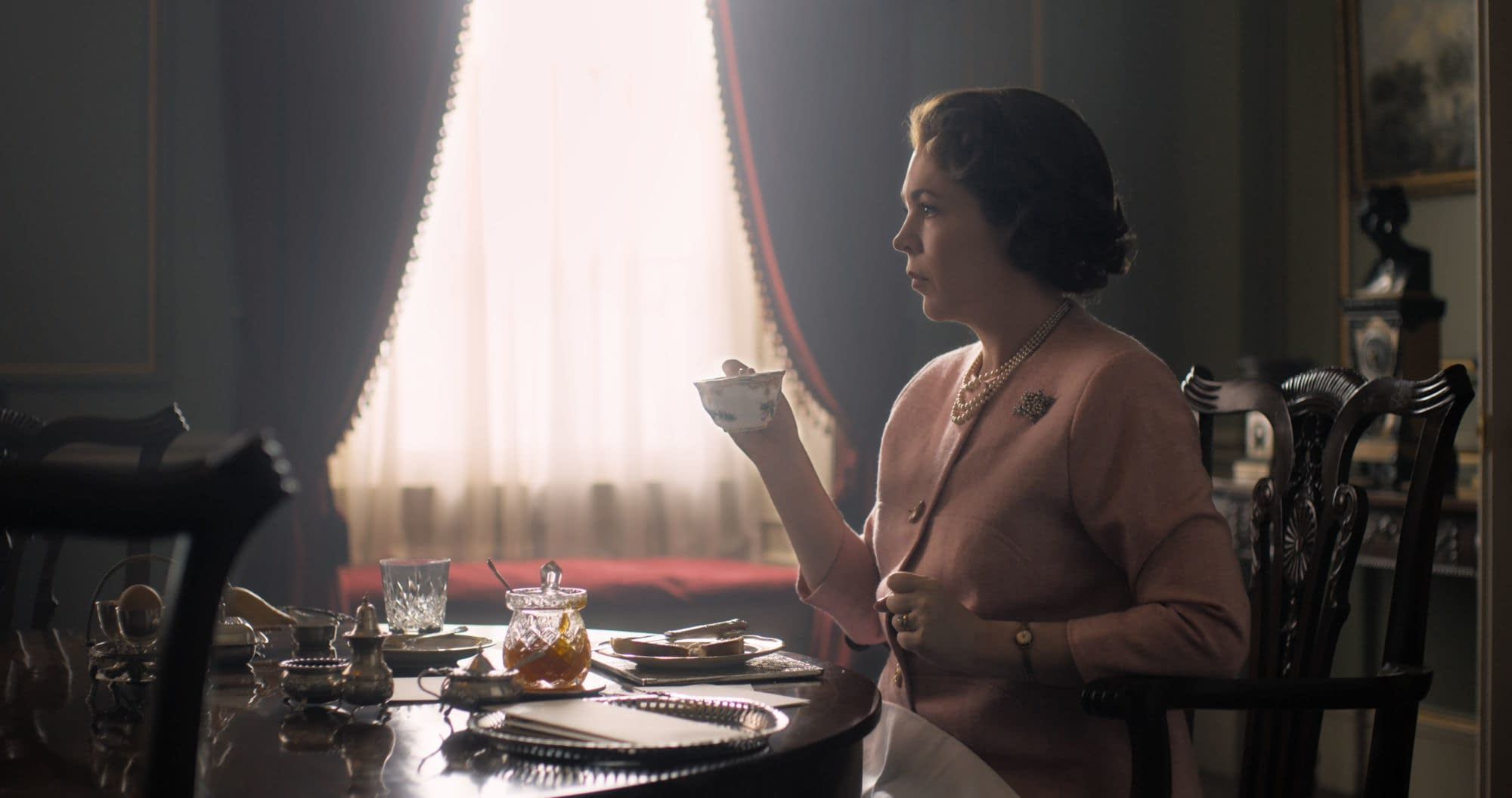 First Image of Olivia Coleman from Netflix's The Crown Season 3