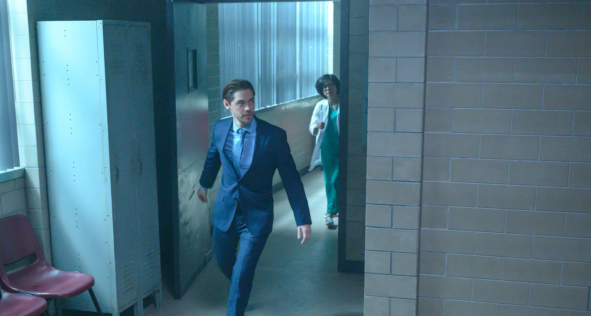 """Prodigal Son"" Season 1 ""Death's Door"": Bright & Edrisa Bond Over Formaldehyde [PREVIEW]"