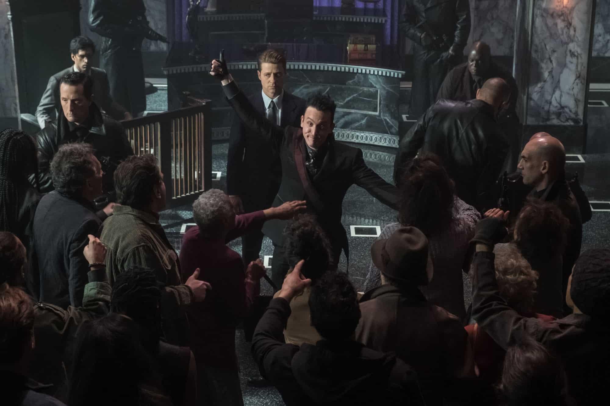 "'Gotham' Season 5 ""Ruins"": Gordon's Bad Decisions Hurt City, Episode [SPOILER REVIEW]"