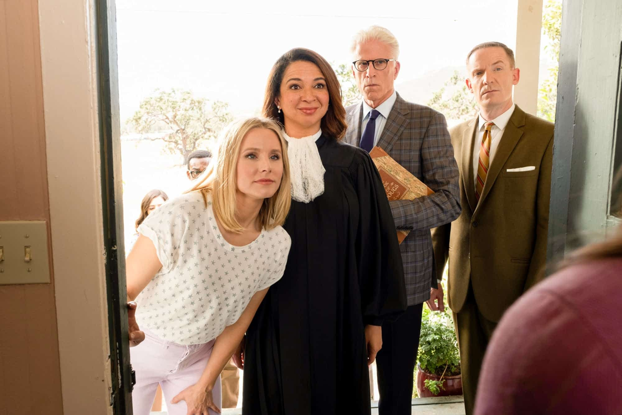"""The Good Place"" Cast Talk ""Perfect"" Series Finale, ""Universally Beloved"" Ted, Shirtless Will and More! [VIDEO]"