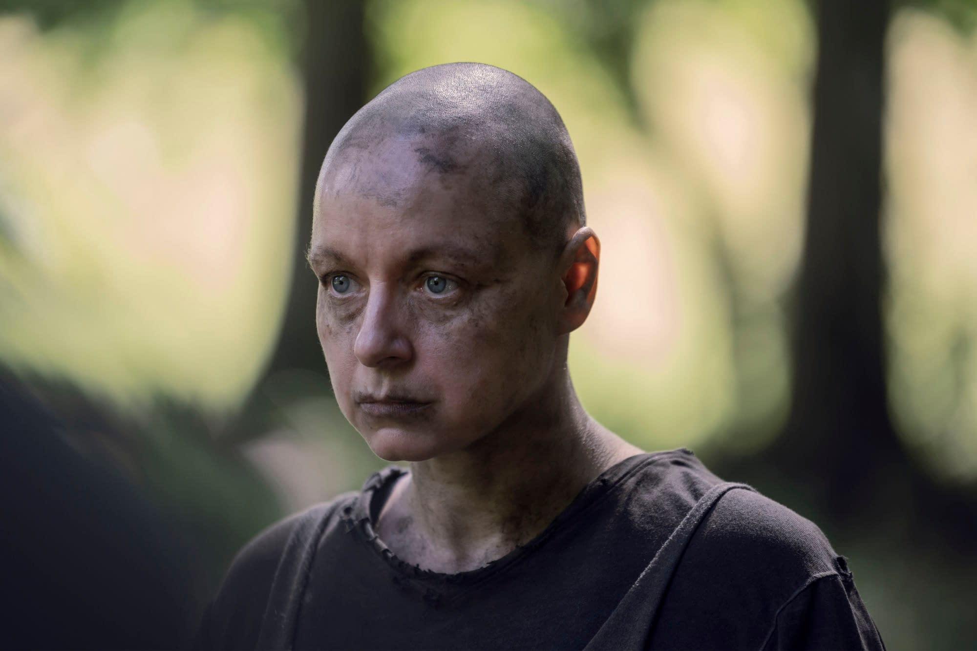 """""""The Walking Dead"""" Season 10 Midseason Finale: Aaron & Gamma Strike a Deal [PREVIEW]"""
