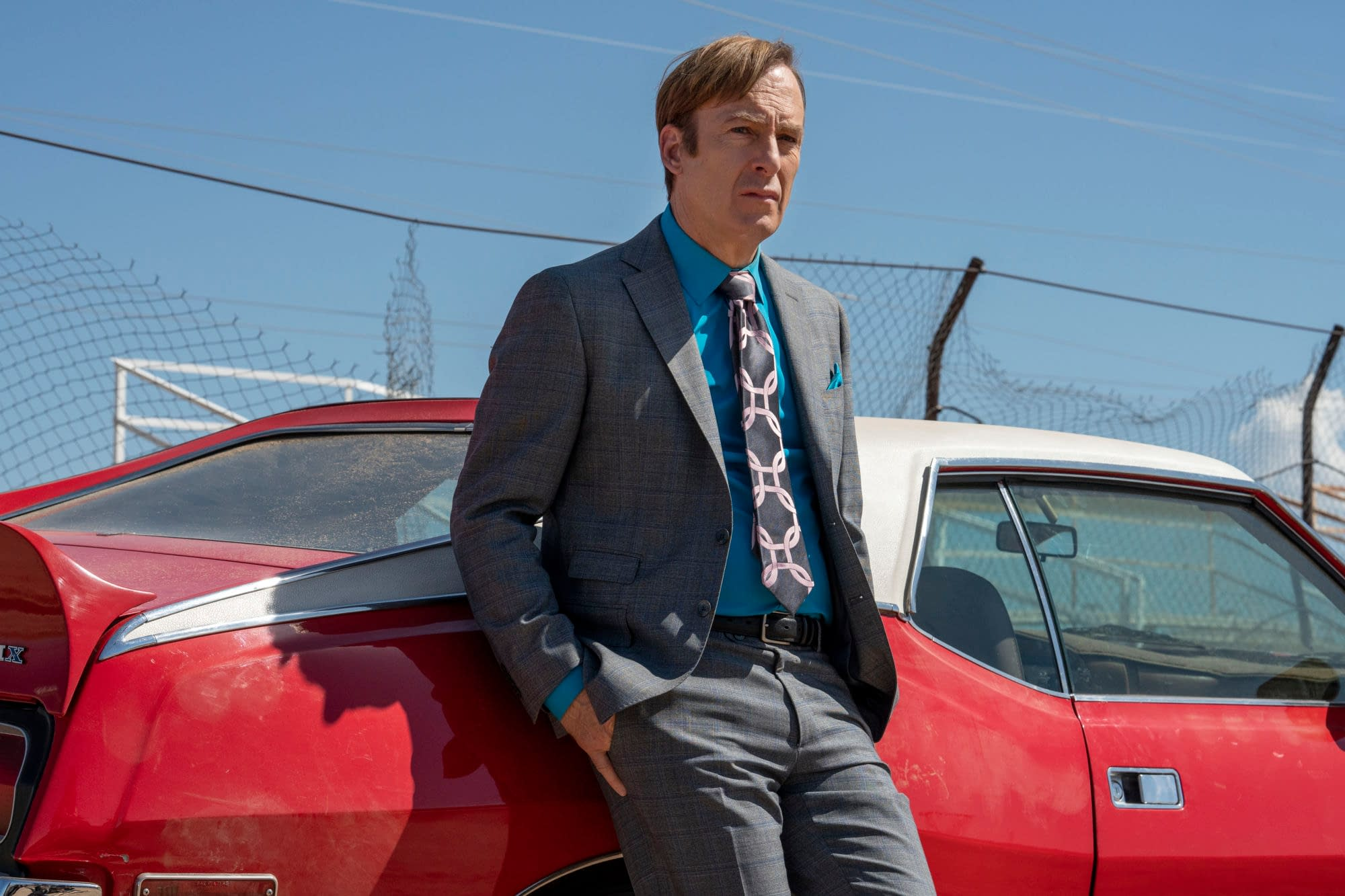 """""""Better Call Saul"""" Guide to Life: Nacho Helps Spot Bad Bills, """"Hamlin-terviewing"""" & Kim Wants You to Play Nice [VIDEO]"""
