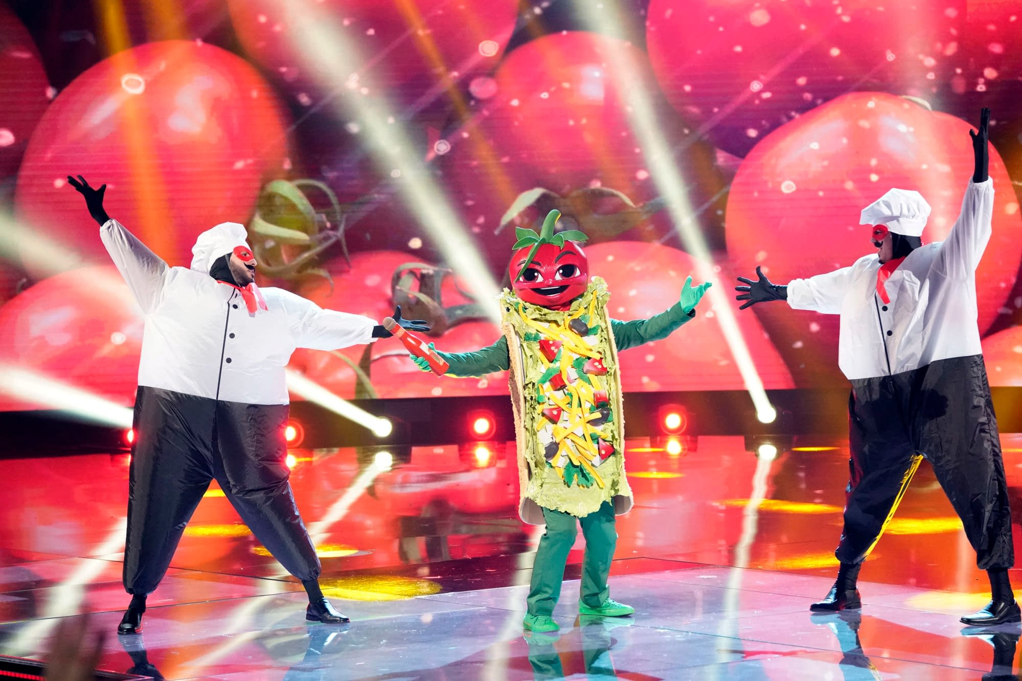 """""""The Masked Singer"""" Season 3 """"Friends in High Places: Group B Championships"""" Ready to Bring the T-Pain [PREVIEW]"""
