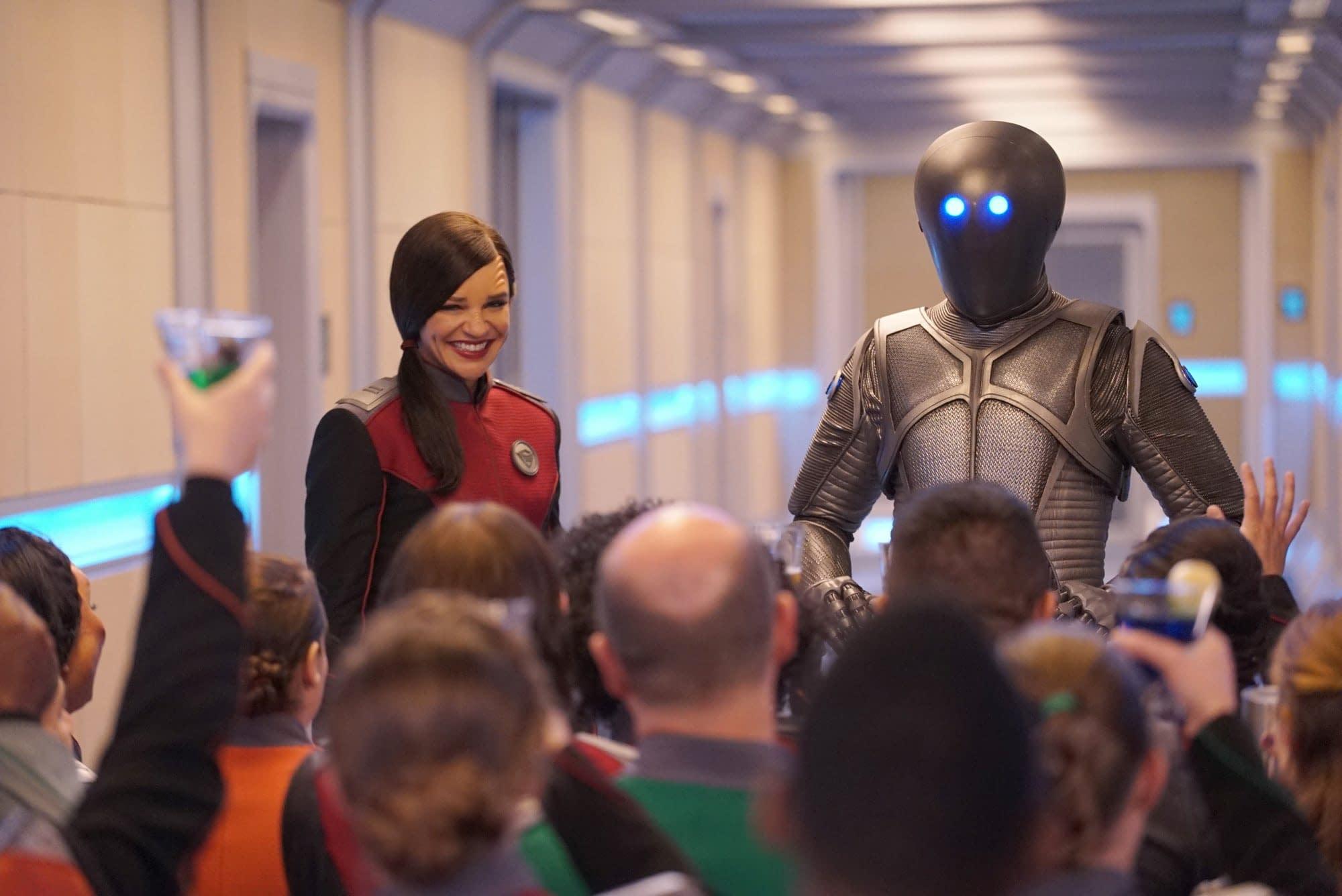 """The Orville"" Season 3 Abandons Fox's Ship for Hulu [SDCC 2019]"