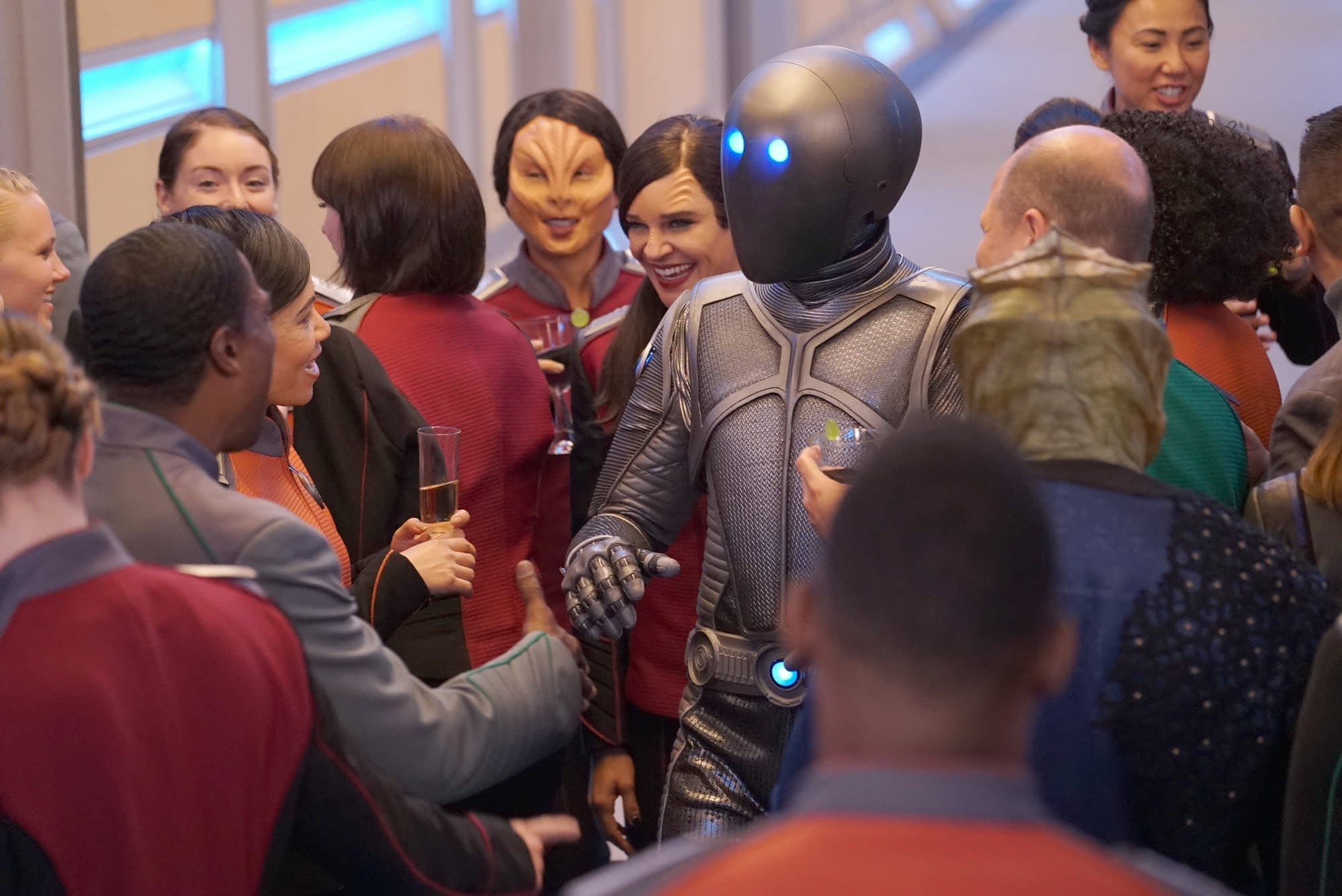 """The Orville"" Season 3: More ""Trek,"" Civil War & No Season 4? [5 Bleeding Cool ""Hot Takes""- OPINION]"