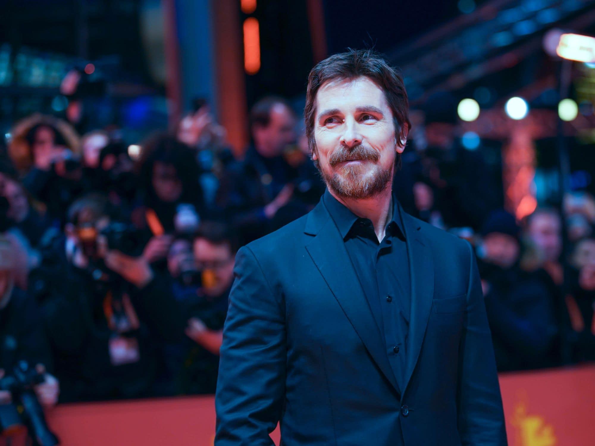 "Christian Bale Says Robert Pattinson is a ""Good Choice"" For Batman"