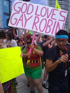 God Loves Gay Robin – Comic-Con Vs Westboro Baptist Church