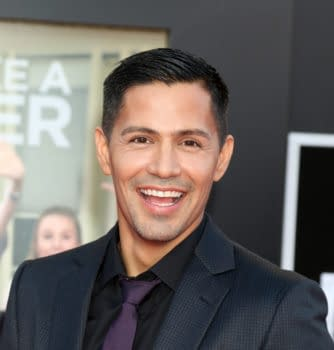 Suicide Squads Jay Hernandez Tapped for Lead in Magnum P.I. Reboot