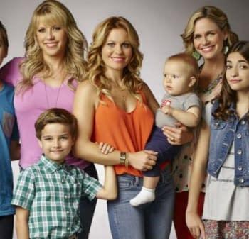 Merry Christmas Little Bleeders Fuller House Renewed For Season Three