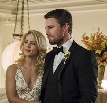 Arrow Fans Immortalize Olicity and Help Keep Vancouver Beautiful