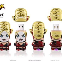 San Diego Comic Con Exclusive: Harley Quinn USB Drive