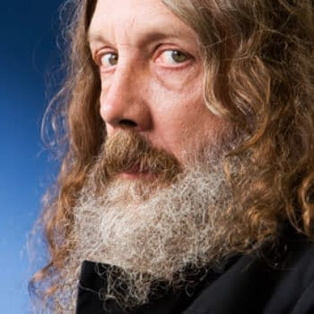 Alan Moore Accepts First-Ever GN Bram Stoker Award for Neonomicon