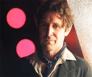 A Petition To Moffat And McGann To Make An Eighth Doctor Series