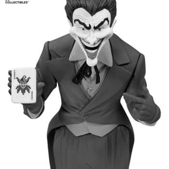 New Batman And Joker B&W Statues Sprang From DC Collectibles