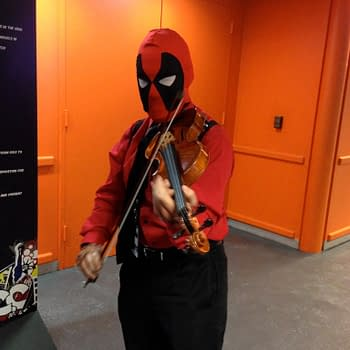 Deadpool Cosplay Mania At New York Comic Con – A Modern Convention Curiosity Plus Photogallery