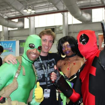 A Very Deadpool Proposal Of Marriage Witnessed By Reilly Brown At New York Comic Con