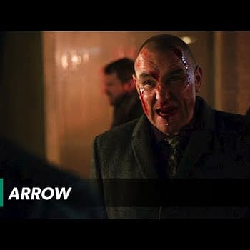 Arrow &#8211 Stunts: Wildcat Vs Brick