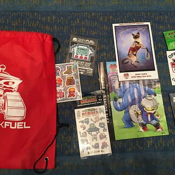 Swag! Denver Comic Con '15 Edition – Opening Night