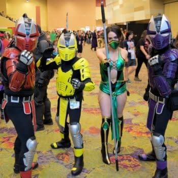 30 Shots Of Cosplay From Phoenix Comic Con