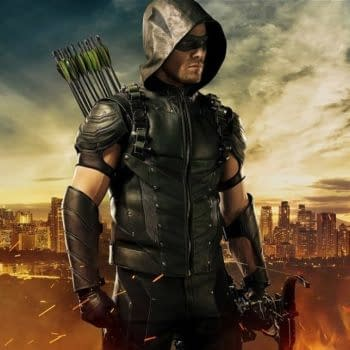 Stephen Amell Packs His New Suit For The Trip To SummerSlam