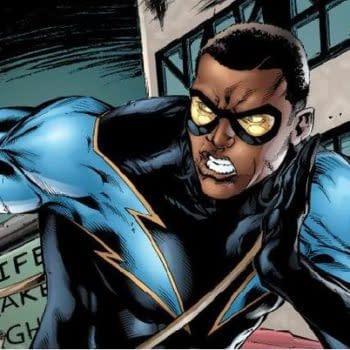 Cress Williams Puts On The Black Lightning Costume