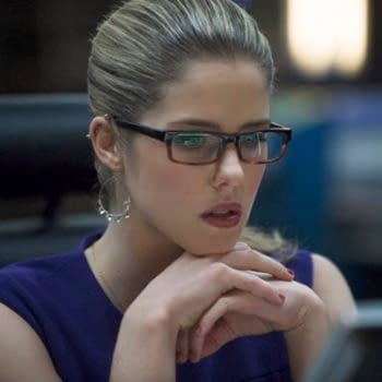 Felicity Smoak Will Join The Flash For Crossover, Just Like Always