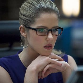Felicity Smoak Will Join The Flash For Crossover Just Like Always
