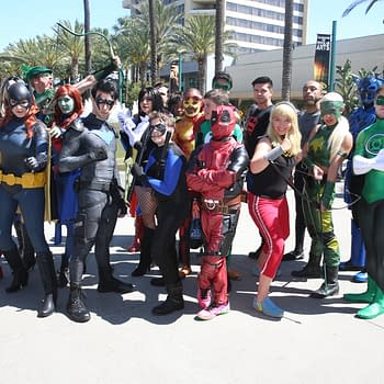 The First Cosplay Of Wondercon – 33 Shots From Zombie Stormtroopers To Batgirl
