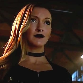 Katie Cassidy Returns As Arrow Series Regular In Season 6