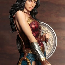 Kotobukiya Continues Their Hot Streak With New DCU Wonder Woman Statue