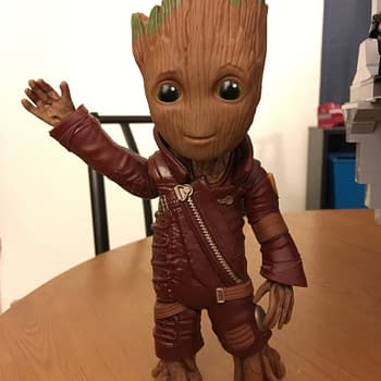 Hasbros Walmart Exclusive Baby Groot Could Have Been Amazing Settles For Pretty Cool