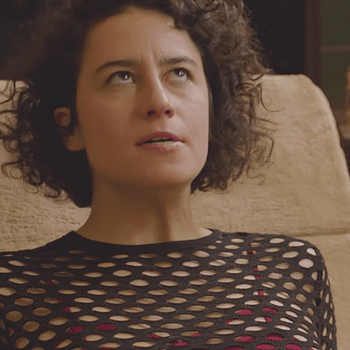 Comedy Centrals Broad City Calls Out Donald Trump In Season 4 Trailer